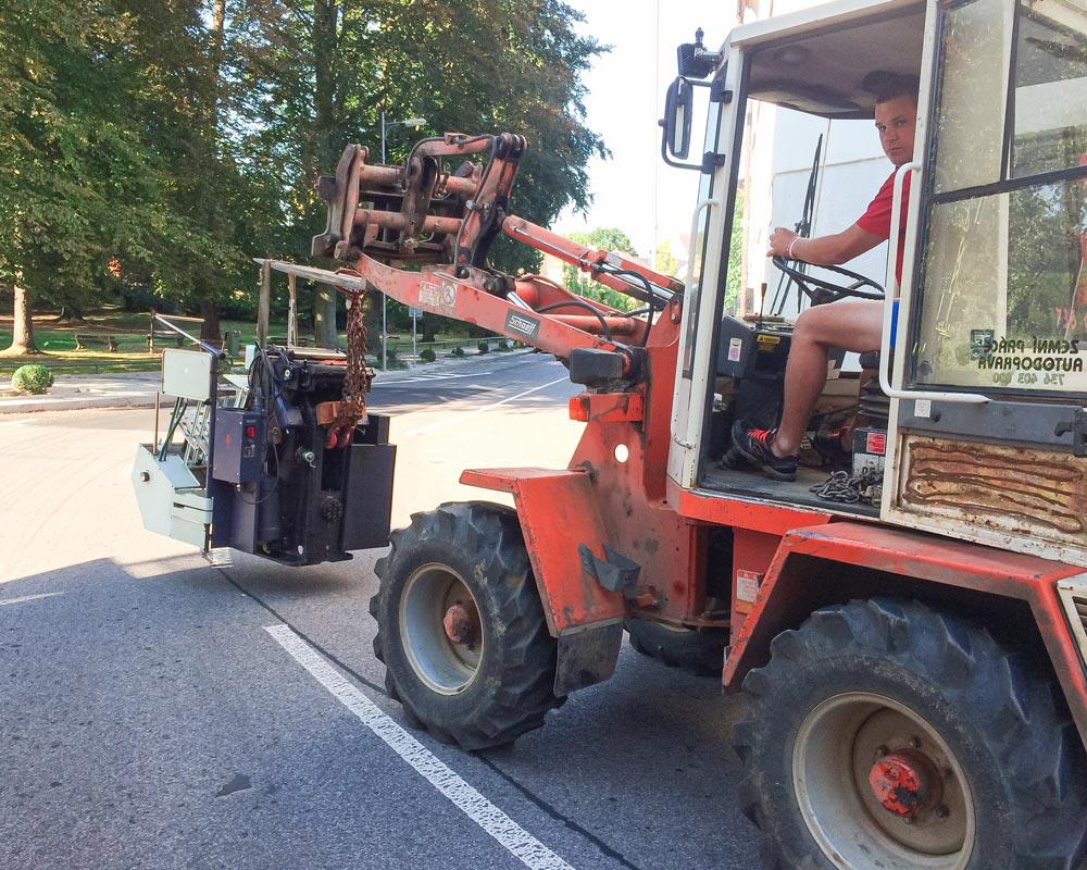 Tiskovna Liberec, knihtisk, přesun stroje